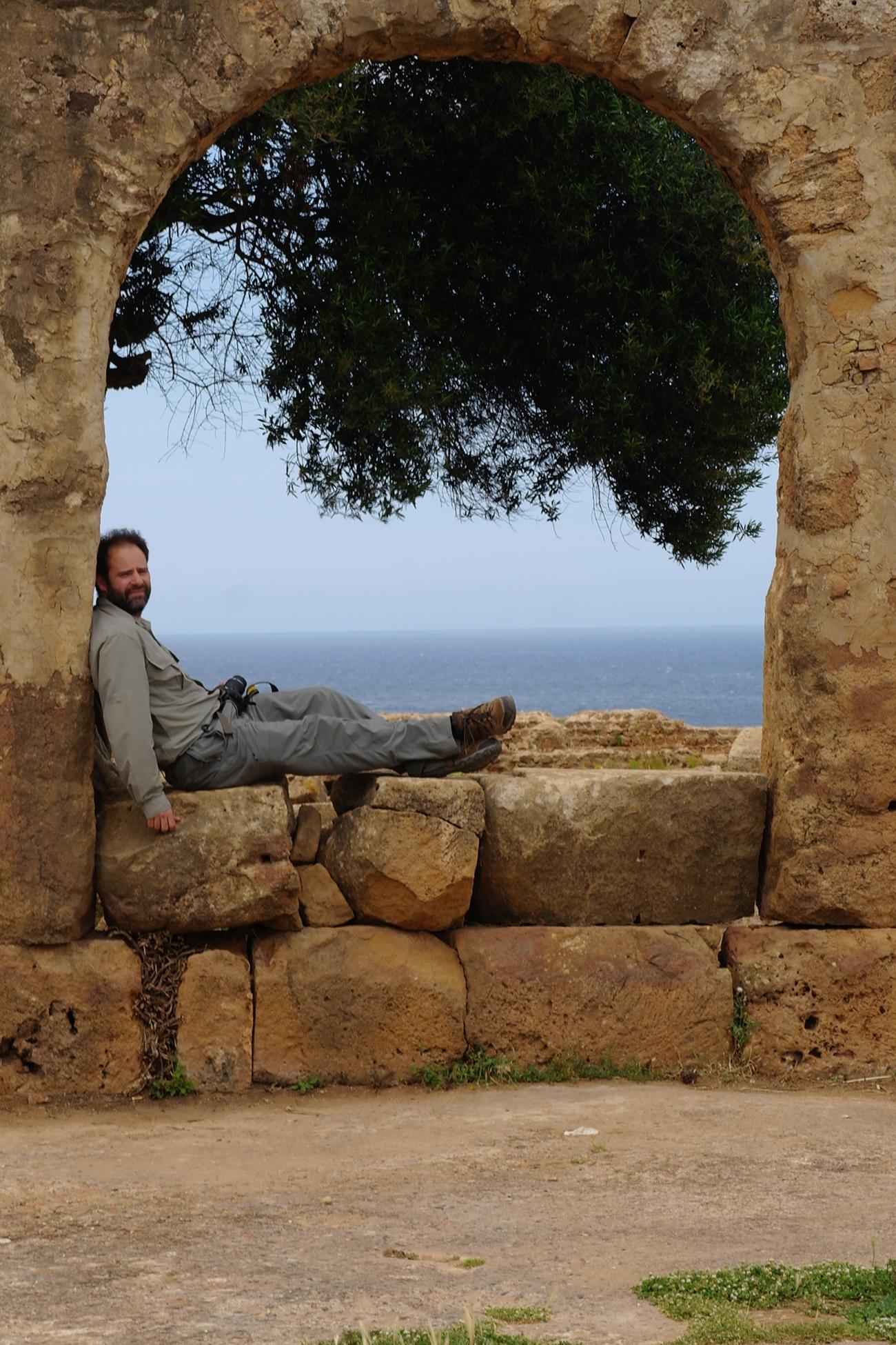 algiers maz taking a break in tipaza