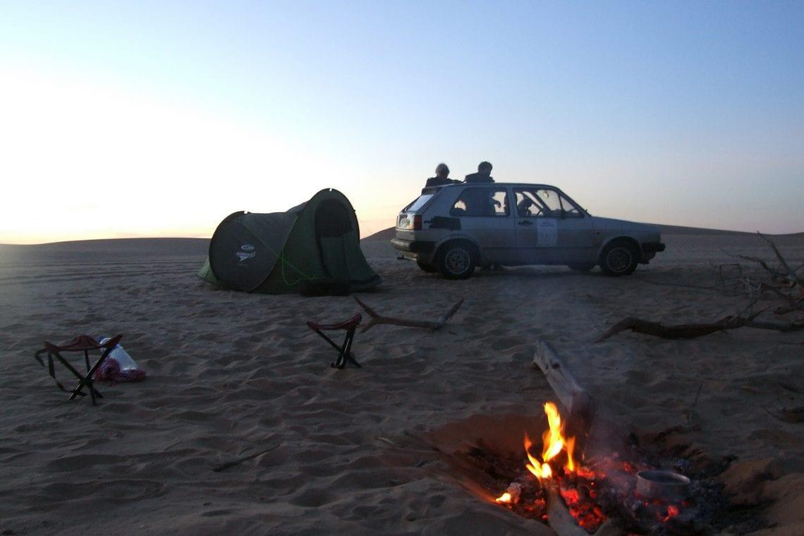 banjul challenge camp fire in the sahara