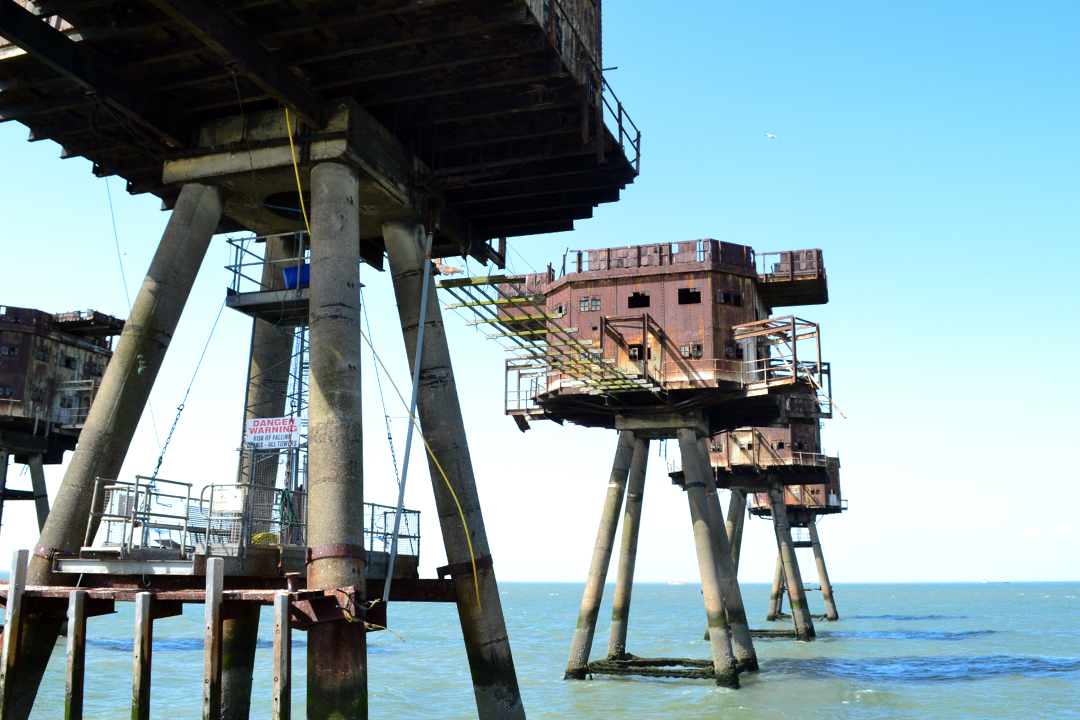 maunsell forts below the forts