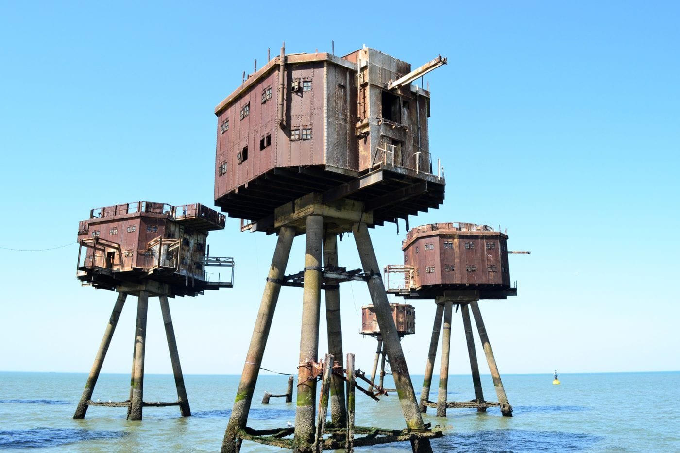 maunsell forts up close to the forts