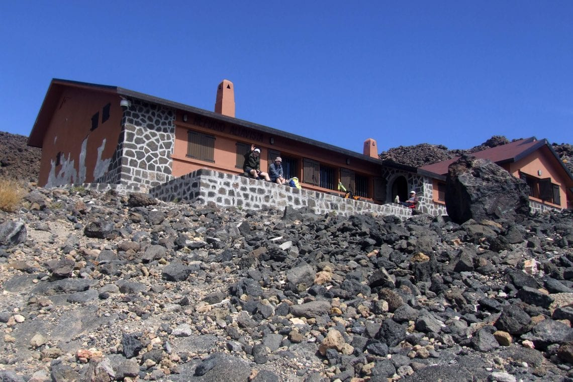 teide approaching the refuge