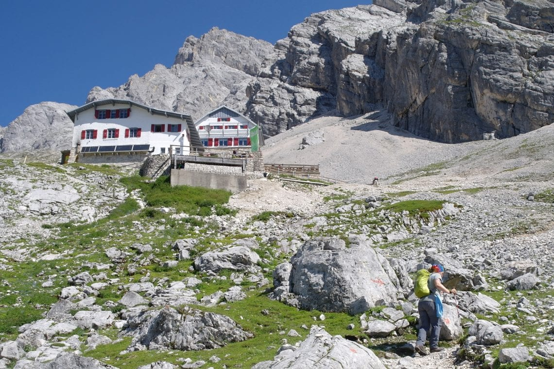 zugspitze approching the knor hut