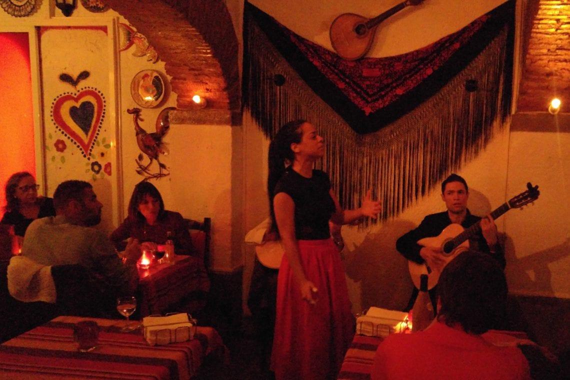 lisbon and porto fado singers in lisbon