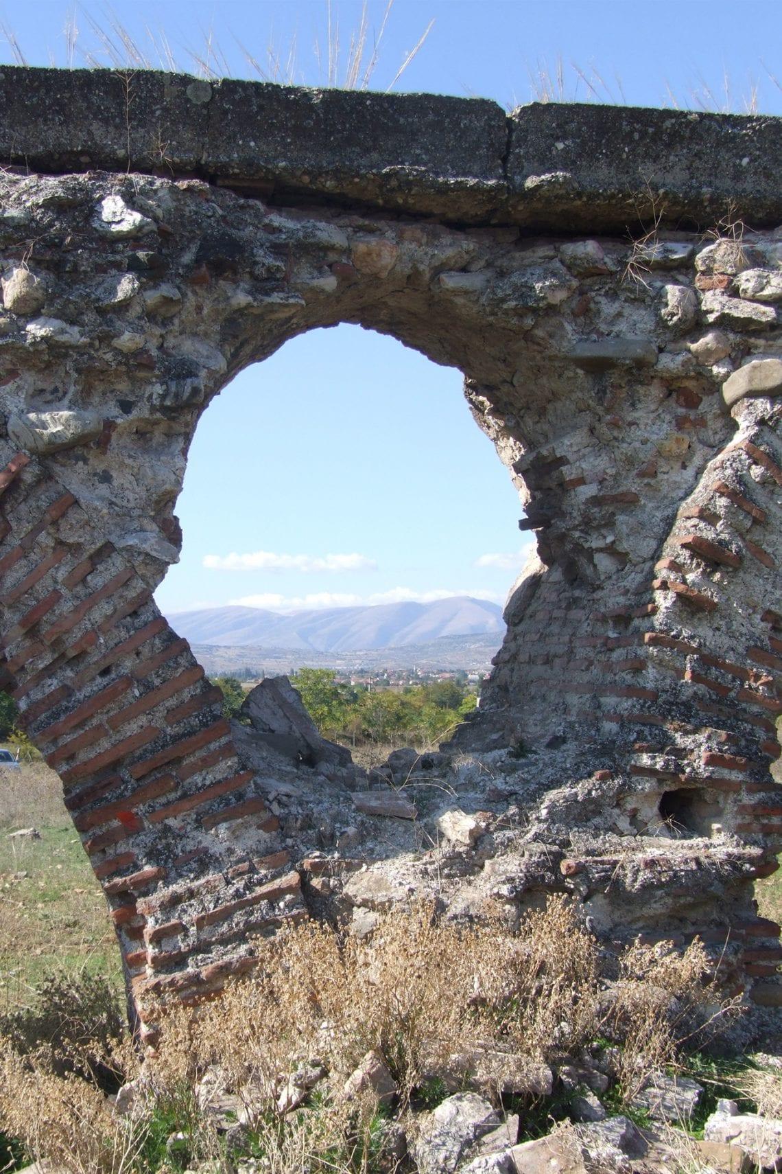 skopje ancient aqueduct 2