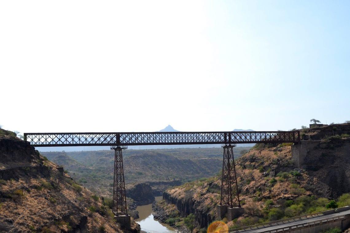 somaliland traveling over bridges