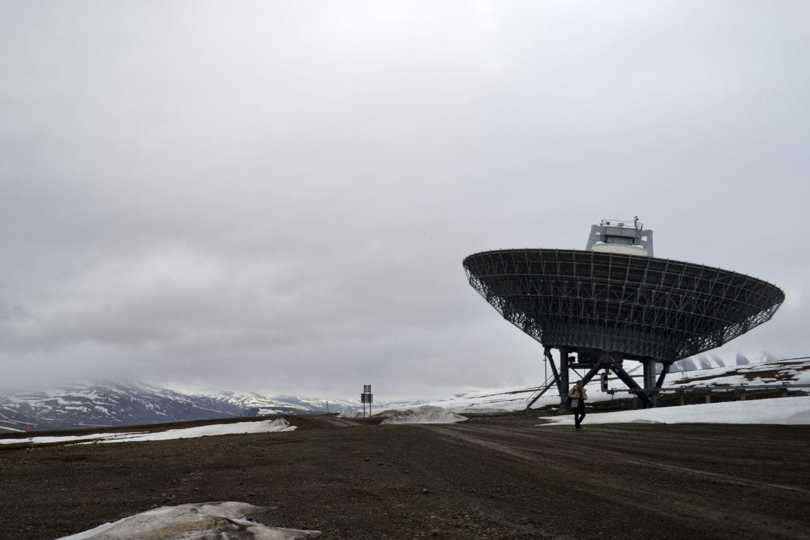 svalbard massive satelites at the research station