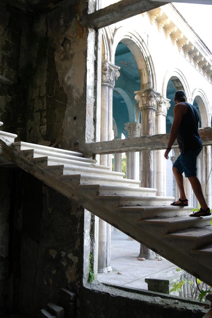 taskaltubo rami walking up stair case